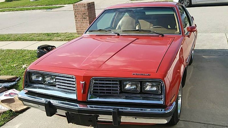 Illustration for article titled At $9,895, Could This Time Capsule 1980 Pontiac Sunbird Drive You Back To To The Seventies?