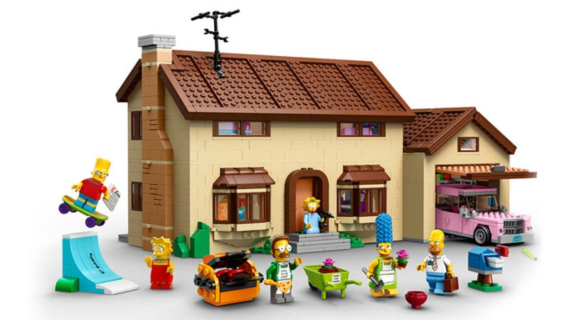 Illustration for article titled Official photos of the Lego Simpsons House—one of the best sets ever