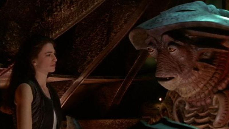 """Illustration for article titled Farscape: """"Bone To Be Wild""""/""""Family Ties"""""""