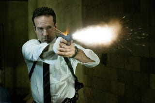 Illustration for article titled First Photo of Jason Patric as a Cop Amongst Superheroes, in Powers