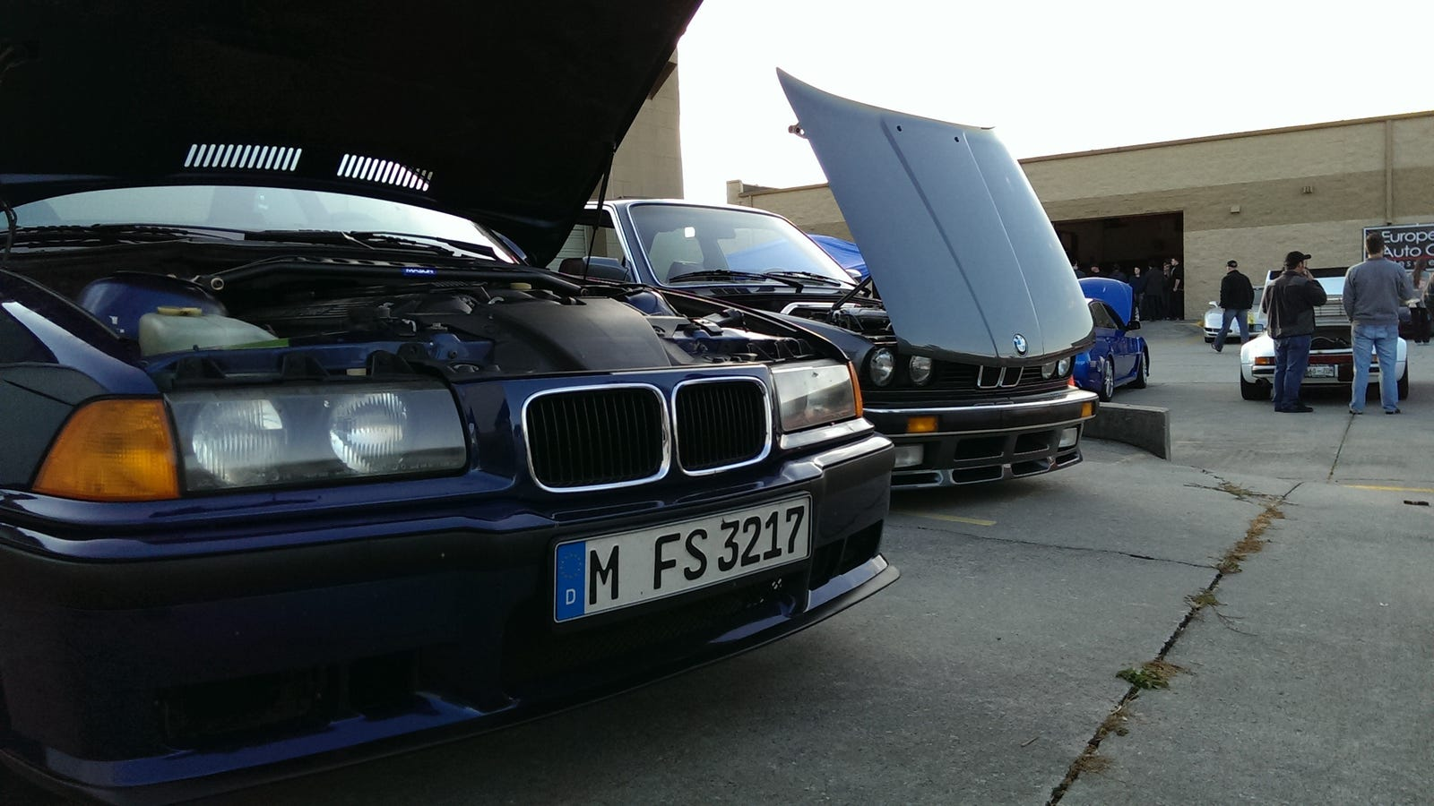 European auto garage cars and coffee knoxville 11 2 13 for Garage europe auto center fresnes
