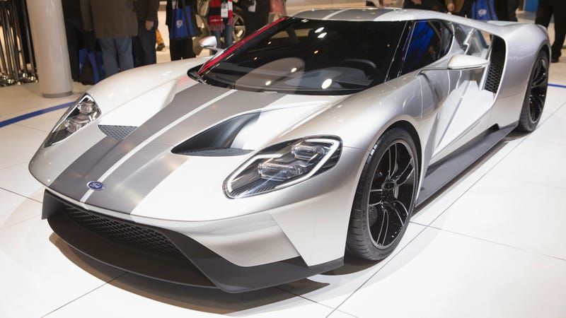 Illustration for article titled Report Says Ford GT Race Car Will Be Shown At Le Mans, America Rejoices