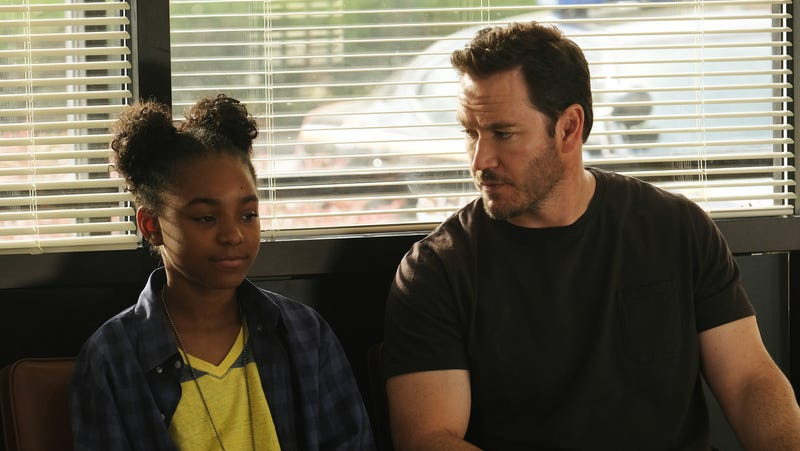 Saniyya Sidney, Mark-Paul Gosselaar