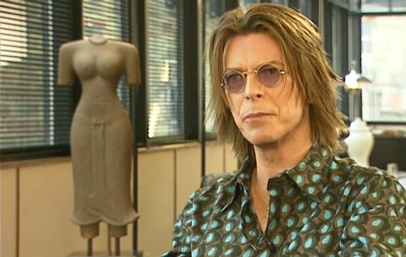 Watching David Bowie Argue With an Interviewer About the Future of the Internet Is Beautiful
