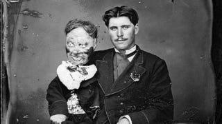 Illustration for article titled Vintage ventriloquism portraits were incredibly unnerving