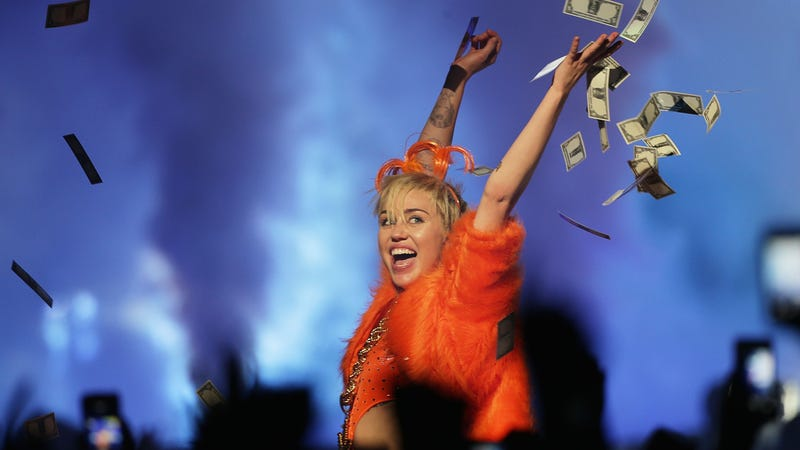 Illustration for article titled Miley Cyrus Is All Out Of Ideas