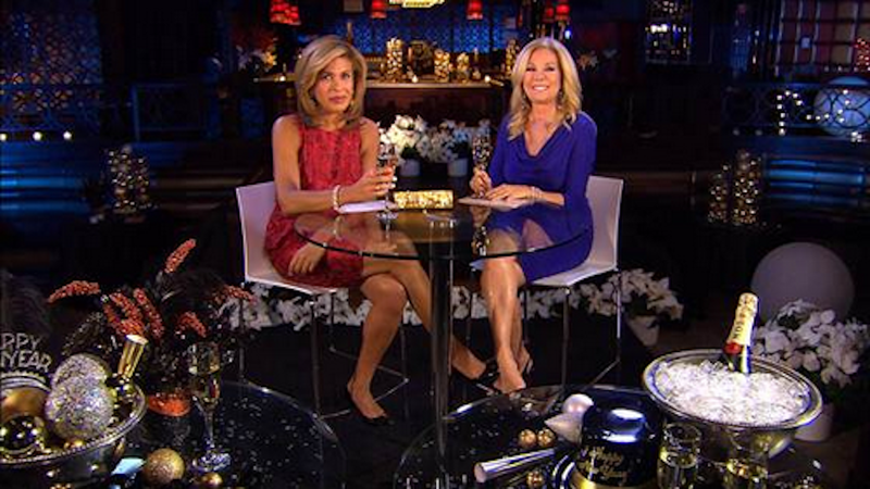 Illustration for article titled Hoda and Kathie Lee Are Hosting a New Year's Eve Special, Thank God