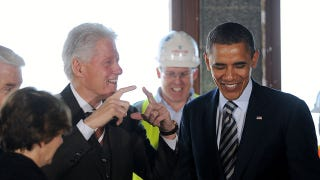 Illustration for article titled Barack Obama And Bill Clinton Bro Out