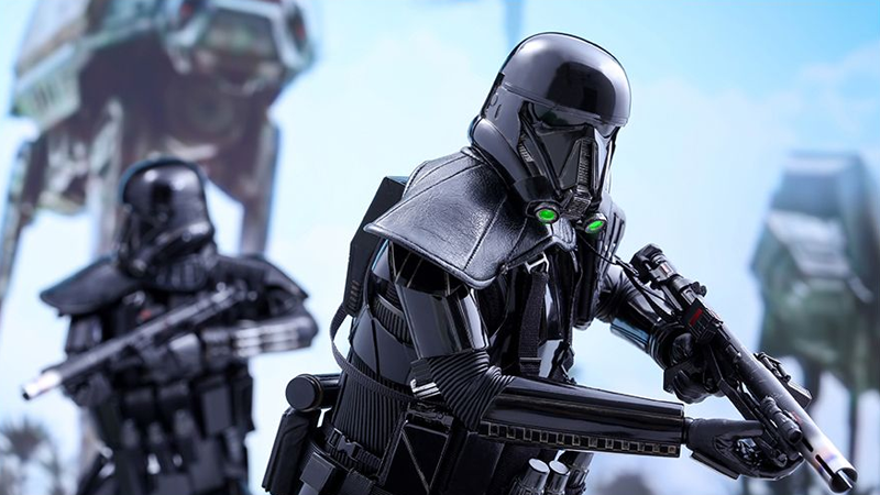 Illustration for article titled Hot Toys' First Rogue OneFigure Is a Very Shiny Deathtrooper