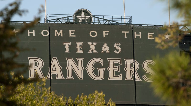Illustration for article titled Texas Rangers Investigating Family's Claims Of Racist Harassment At Ballpark