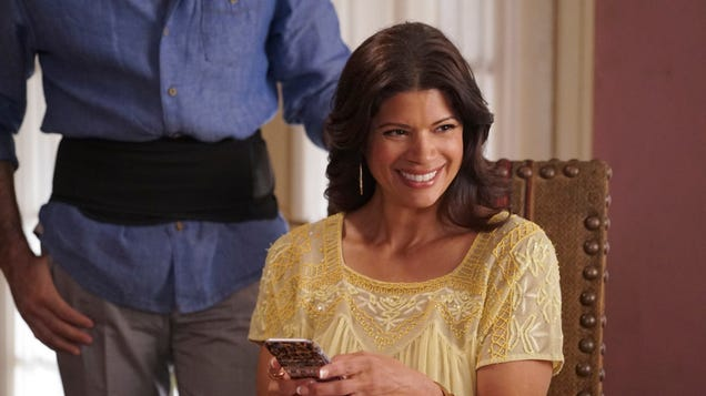 An outstanding Jane The Virgin tackles guilt, education, and living with a Martian tail