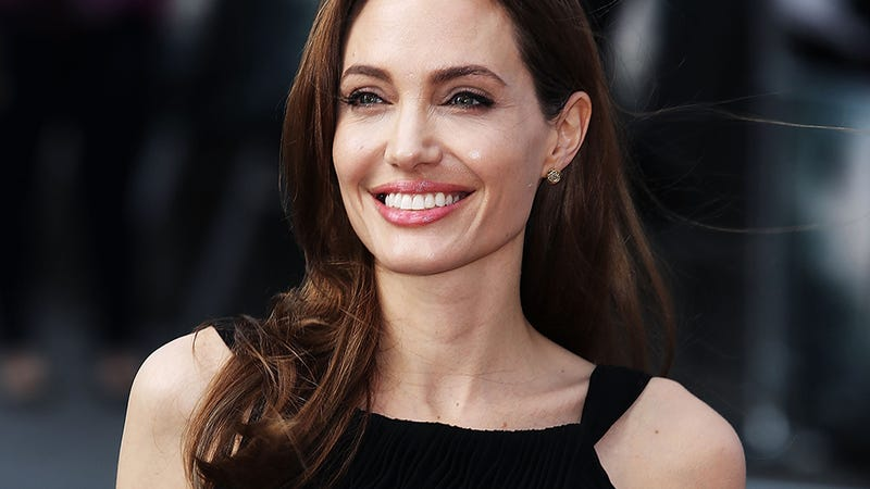 Illustration for article titled Uh, Angelina Jolie Skipped Her Aunt's Funeral For Brad Pitt's Premiere
