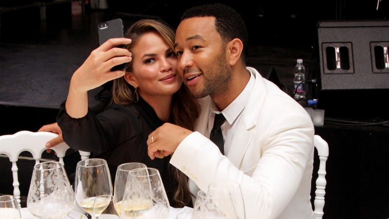 Illustration for article titled Donald Trump is Now Feuding With Chrissy Teigen and John Legend???