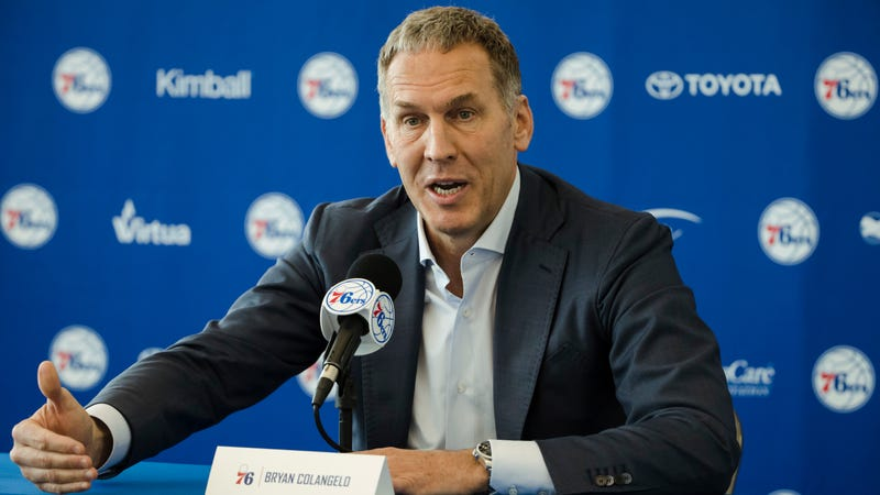 d771d067b5f Illustration for article titled Report  These Anonymous Twitter Accounts  Love To Defend 76ers GM Bryan