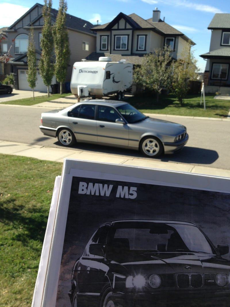 Illustration for article titled I'm now the proud owner of an E34 1990 BMW M5