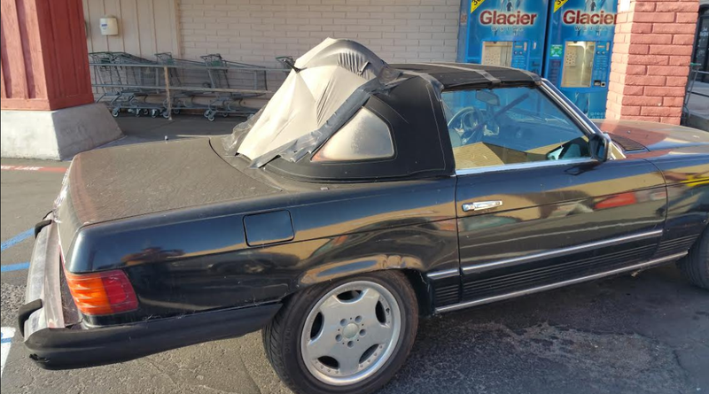 Illustration for article titled This DIY Convertible Top Fix Looks Like Mary Poppins Died In A Mercedes