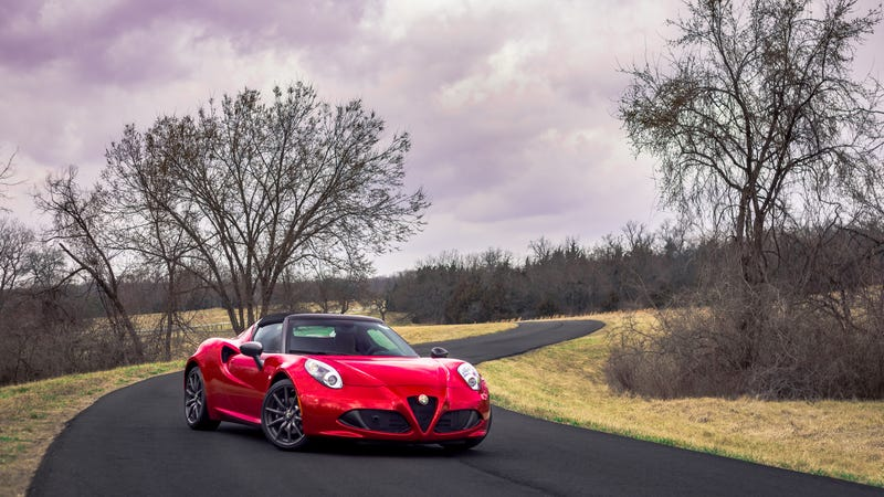 Illustration for article titled I drove an Alfa Romeo 4C. It was neat.