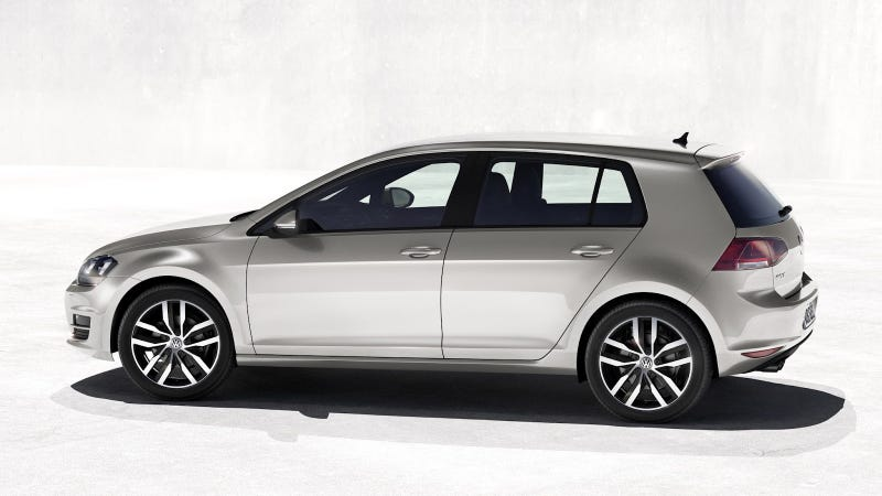 Illustration for article titled 2014 Volkswagen Golf: First Photos