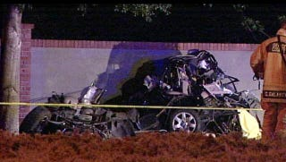 Illustration for article titled BMW Halved In Deadly Florida Street Racing Crash