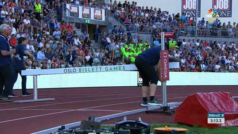 Illustration for article titled Officials Ruin Steeplechase Competition By Setting A Barrier Six Inches Too High