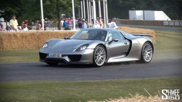 watch the porsche 918 spyder run wild in real life at goodwood. Black Bedroom Furniture Sets. Home Design Ideas