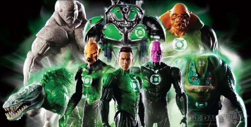 Illustration for article titled Green Lantern Images