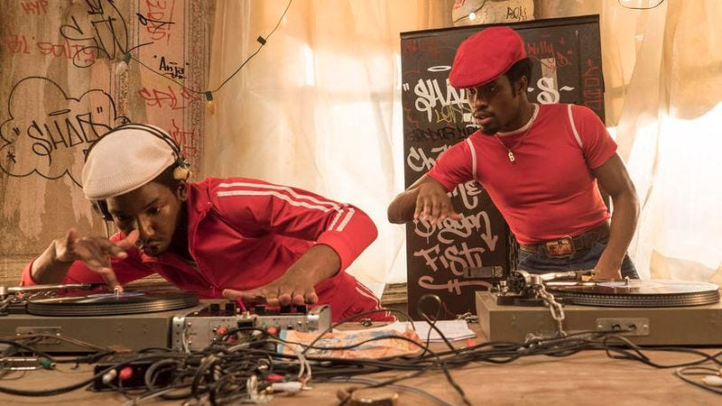 Illustration for article titled The Get Down continues to get transcendent with its music and silly with its bad guys