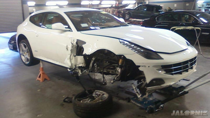 Illustration for article titled Allegedly Drunk Driver Crashes $302,000 Ferrari FF On Way To Car Show