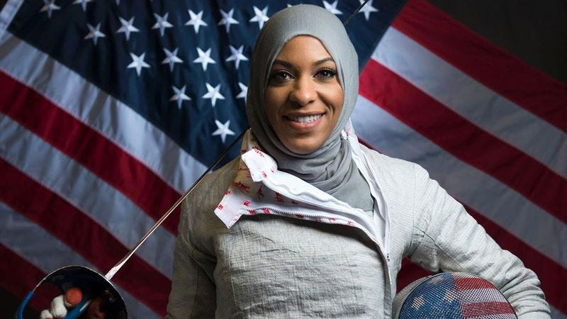 Ibtihaj Muhammad of the U.S. Olympic fencing team (Photo: Getty Images)