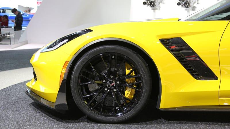 Illustration for article titled 2015 Chevrolet Corvette Z06: The Fantastic Details