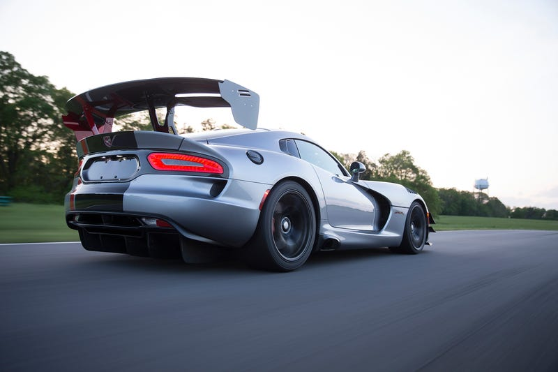 The Dodge Viper ACR. America's Eater of Worlds.