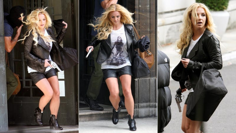 Illustration for article titled Britney Scandalizes Brits With Faux Armed Robbery