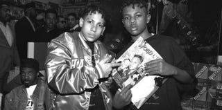 Chris Smith and Chris Kelly of Kris Kross in 1998 (Catherine McGann/Getty Images)