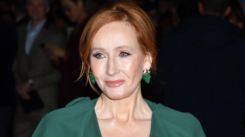 The Saga Continues: J.K. Rowling Revealed That In The 'Harry Potter' Universe None Of The Magic Or Wizards Are Real And It's All Just Hallucinated By J.K. Rowling Who Is Locked Up In An Insane Asylum