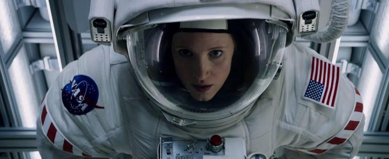 Illustration for article titled El día que una astronauta de la NASA recorrió EE.UU en pañales para matar a la novia de otro astronauta