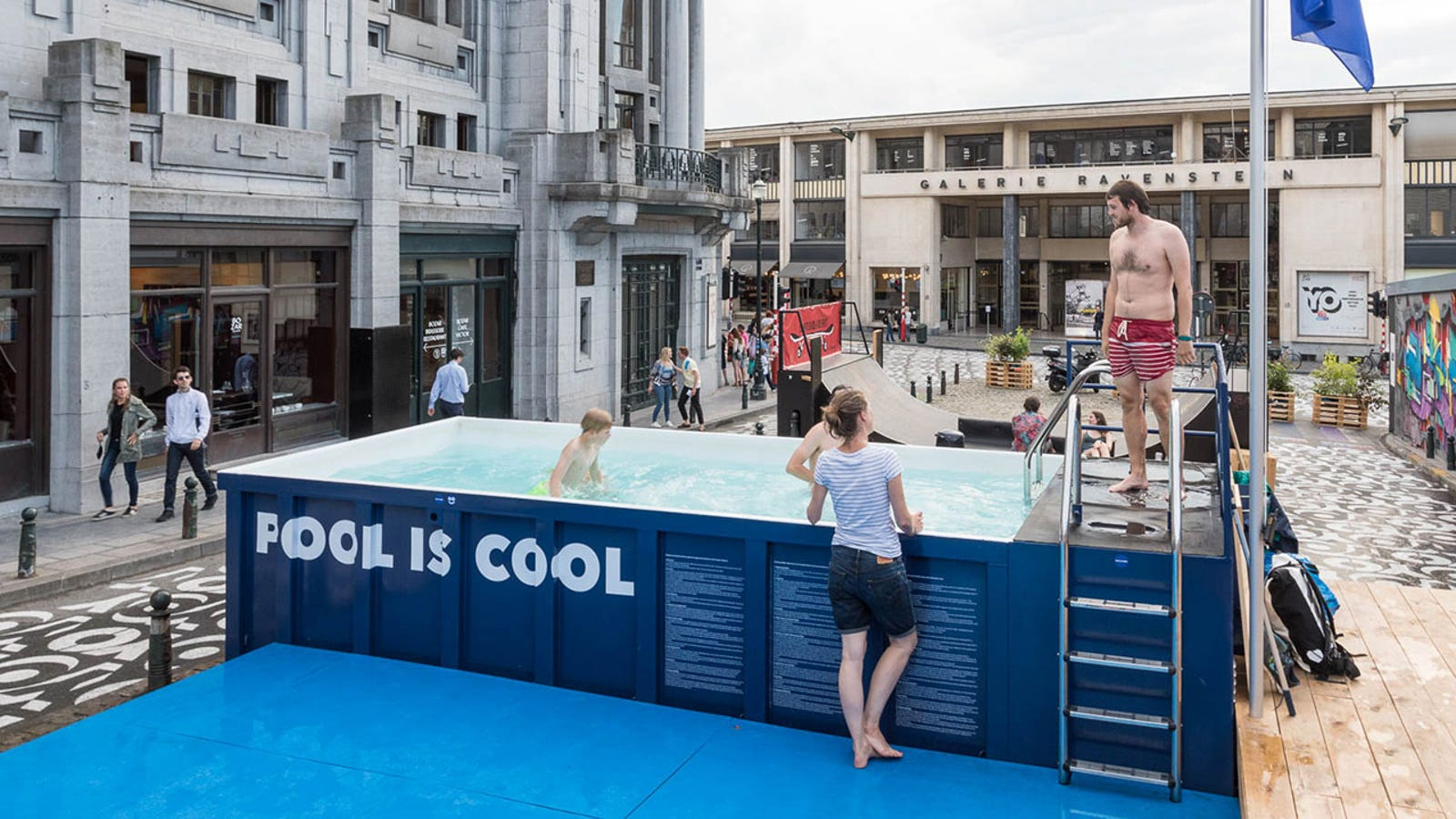 A trip to the only outdoor public pool in brussels which is in a dumpster for Swimming pools in philadelphia