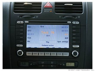 Illustration for article titled CNET Analyzes Automotive Interface Design