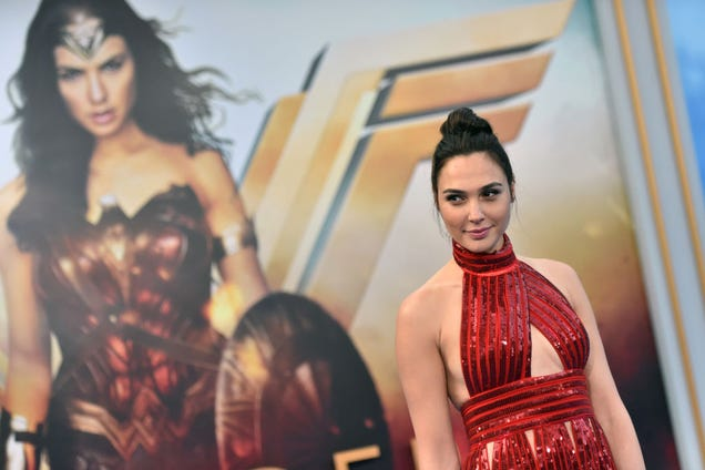 Gal Gadot can't stop laughing in blooper reel for Wonder Woman