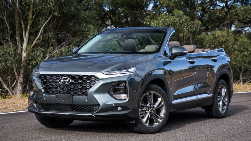 Illustration for article titled Hyundai Australia Releases Images of a Santa Fe Cabriolet Without Warning Us or Anything