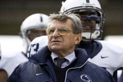 Illustration for article titled Joe Paterno Continues To Age In Reverse