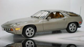 Illustration for article titled Porsche 928 From Risky Business Up For Sale