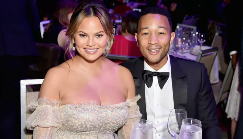 Illustration for article titled In an Abstract Sense, Chrissy Teigen Loves That People Want to Have a Threesome With Her and John Legend