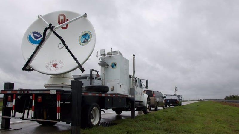Oklahoma University sent a radar truck to track Hurricane Harvey up close. Image: Addison Alford/Oklahoma University