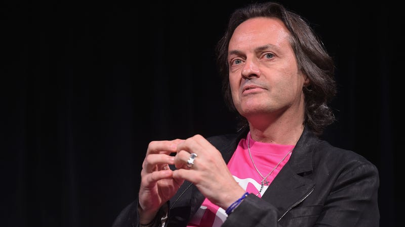 T-Mobile puts 5GB cap on high-speed data in Canada and Mexico