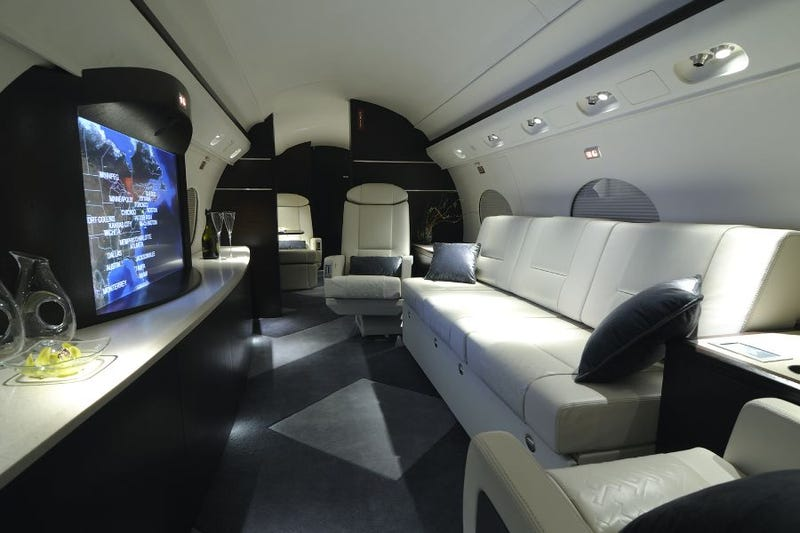 Illustration for article titled Director's Custom Gulfstream Includes Flying Home Theater