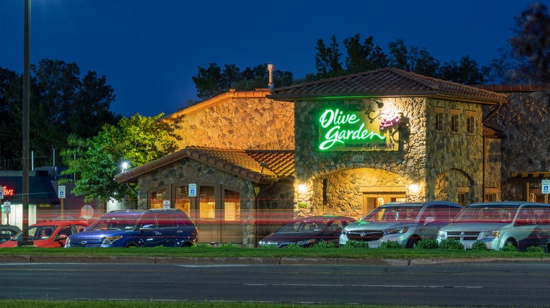 Another longtime restaurant critic considers the Olive Garden