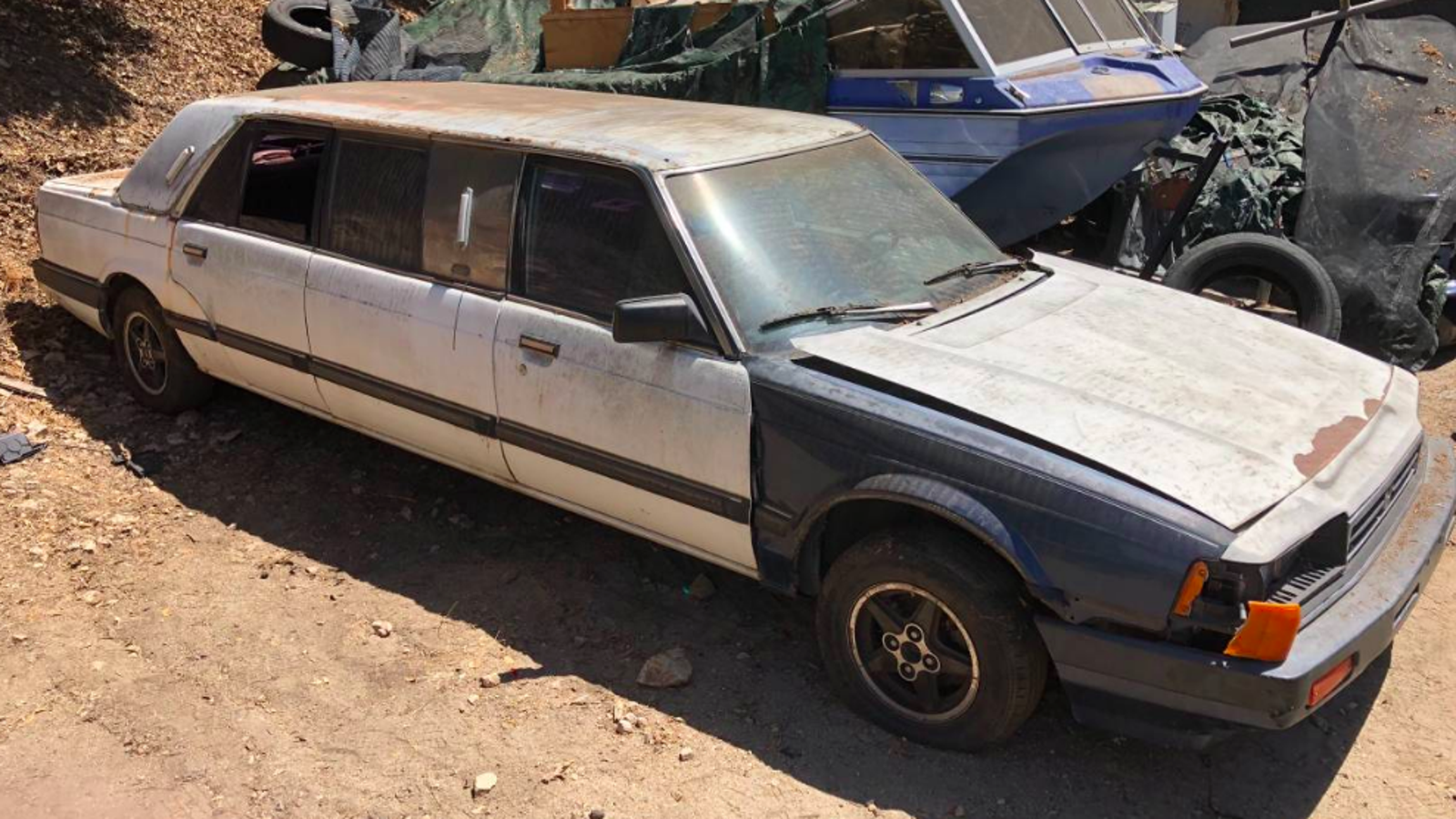 Someone Made a Limo Out of a Mid '80s Honda Accord and I Have So Many Questions