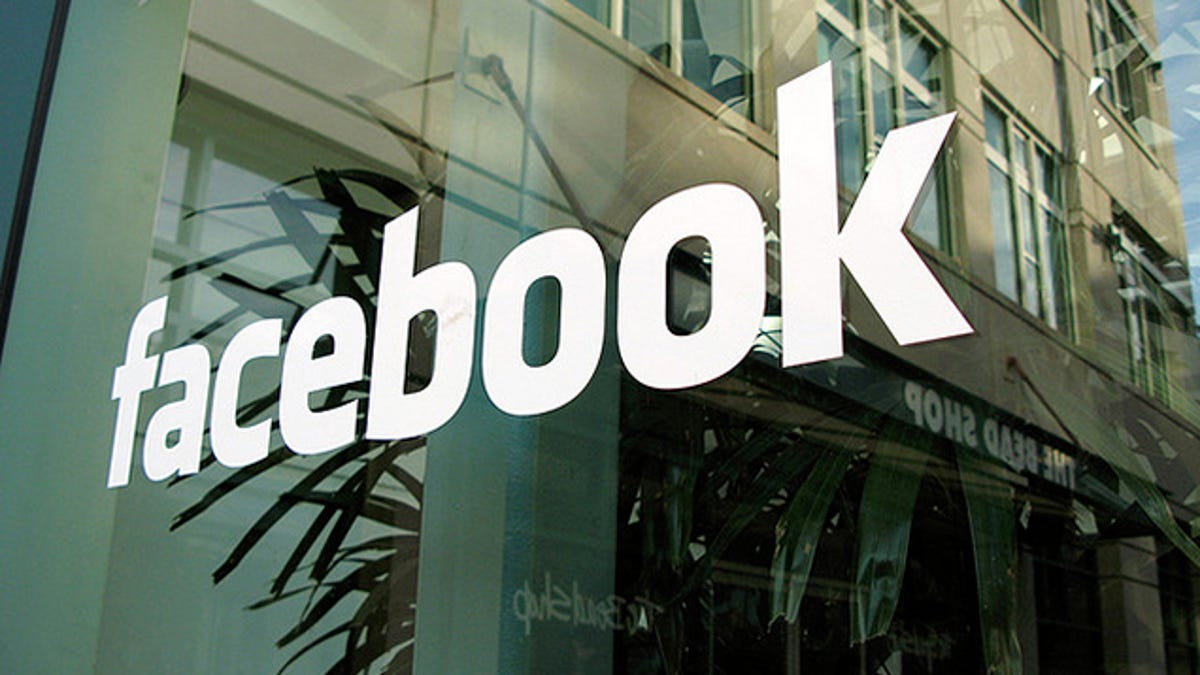 How to Use a Fake Name on Facebook Without Getting Flagged