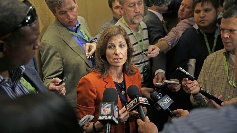 Photo of Lisa Friel, Seth Wenig/Associated Press