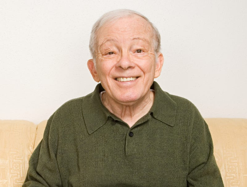 Illustration for article titled Elderly Man Looks Even Sadder When Smiling
